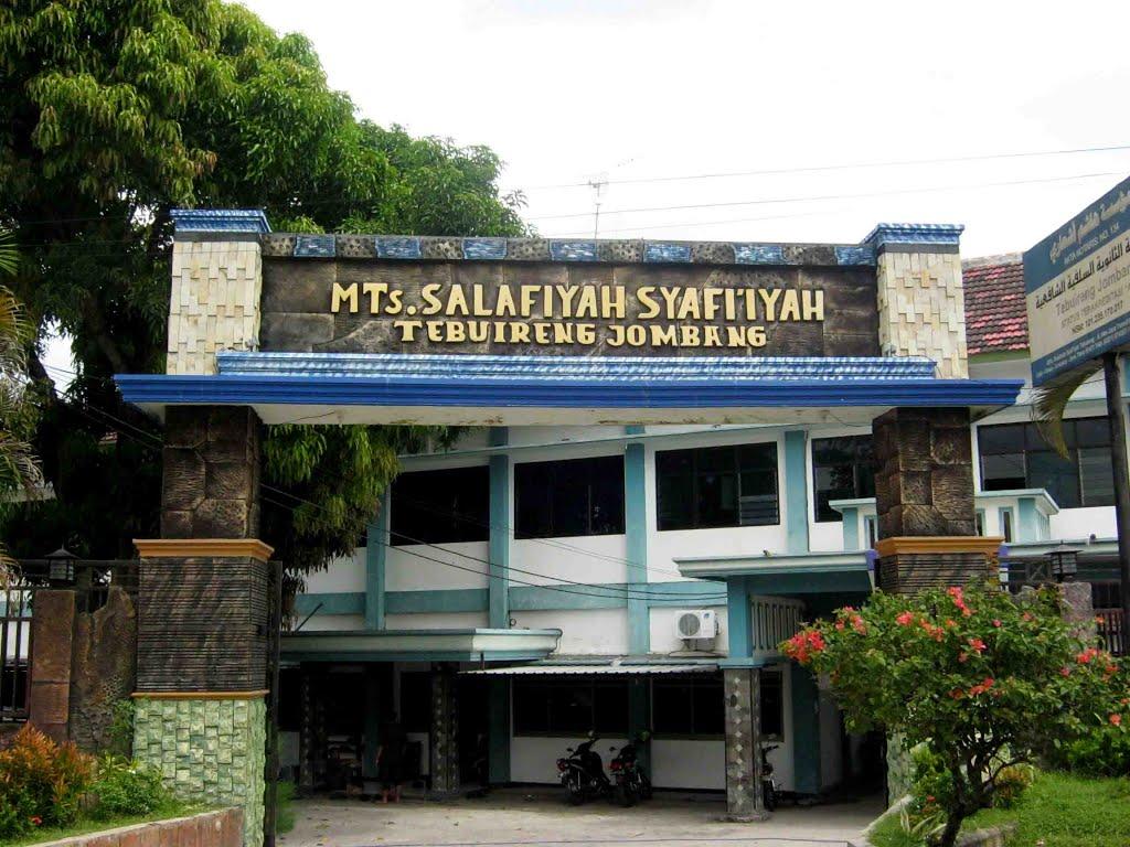 Mts Salafiyah Syafi'iyah Tebuireng salah satu instansi yang melakukan perubahan untuk menyesuaikan zaman